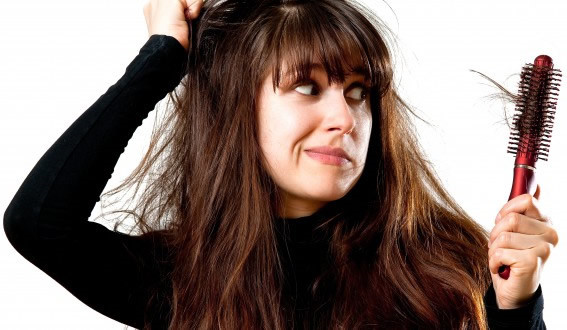 Cắt tóc có giúp ngăn rụng tóc