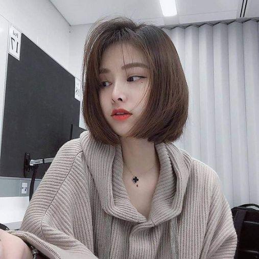 Kiểu tóc duỗi cụp