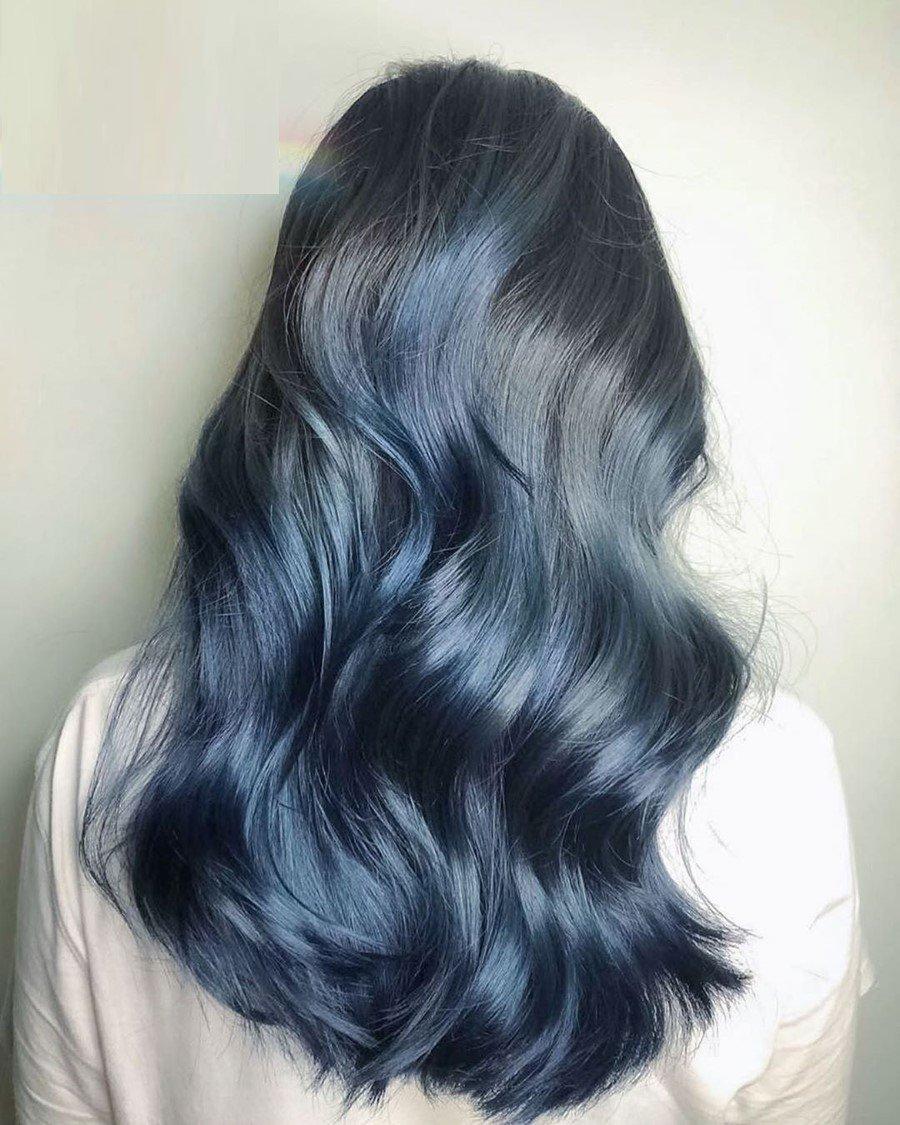 Màu tóc xanh đen