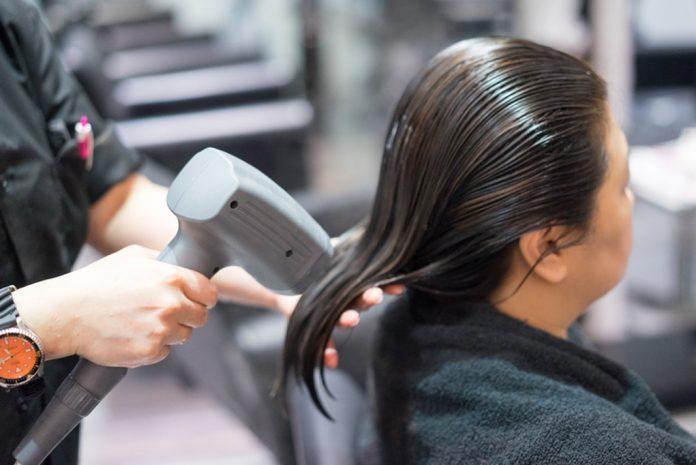 Một vài lưu ý trước khi hấp phục hồi tóc