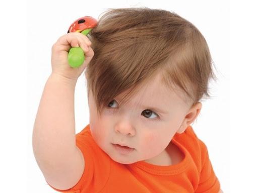 trẻ em bị rụng tóc