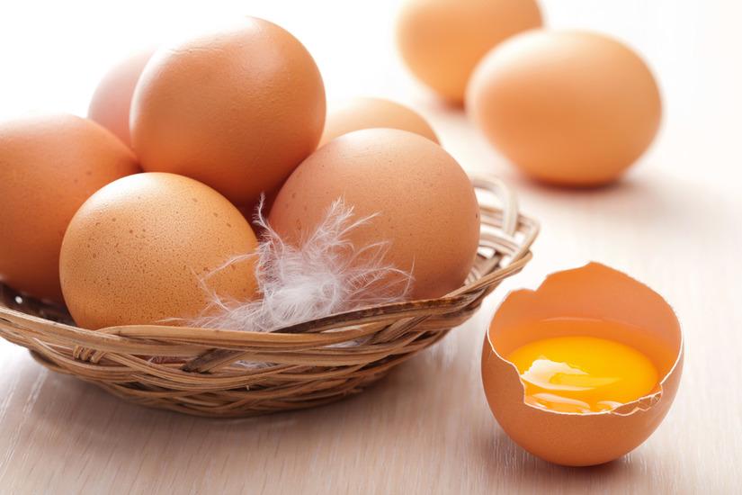 ủ tóc bằng trứng gà